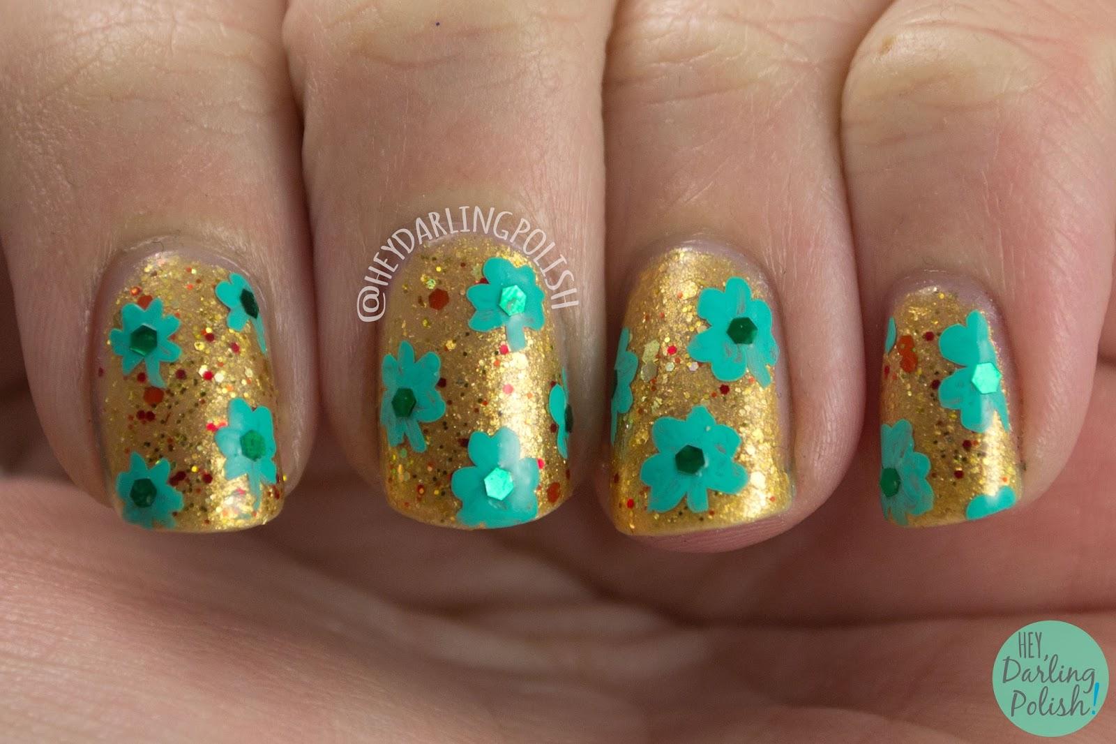 nails, nail art, nail polish, hey darling polish, gold, green, shamrocks, glitter, st. patrick's day, nail linkup