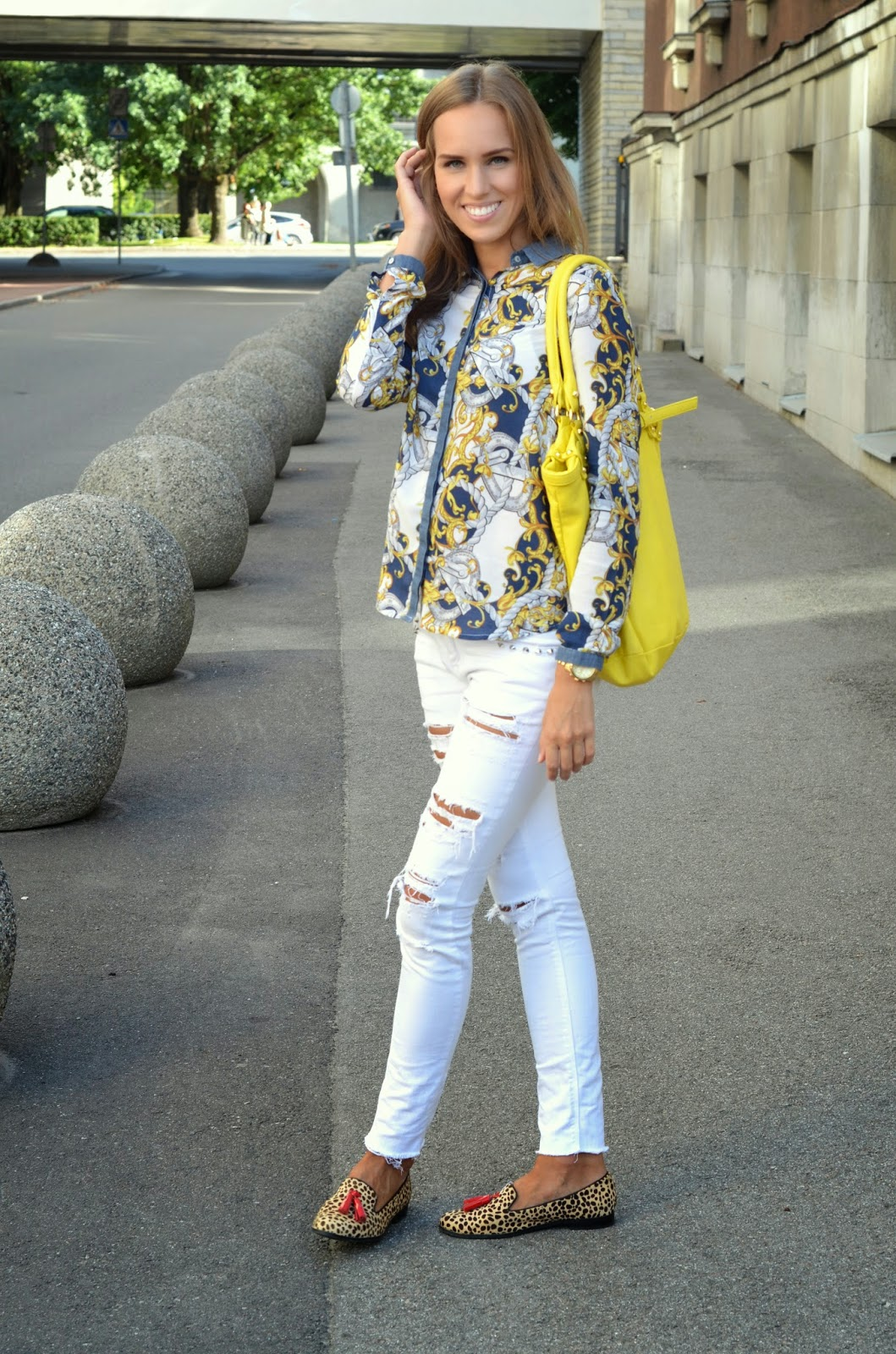 leopard fur flats white jeans yellow bag print top