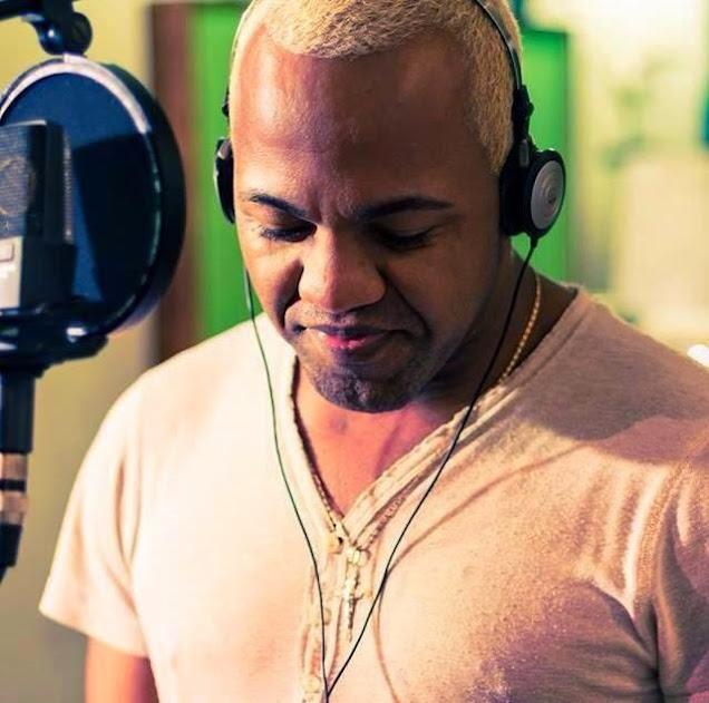 BAIXE NUM CLIQUE O MAIS NOVO CD DE SINHO FERRARY