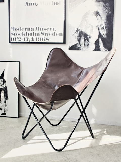 Krzesło Butterfly BKF Chair na czarnym stelażu i skórzane pokrycie