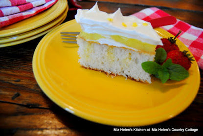 Lemon Ice Box Pudding Cake