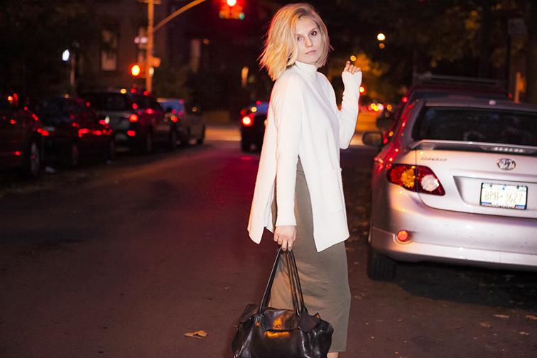 Ann Taylor oversized turtleneck, Topshop dress, Cowboysbag black leather bag, messy blond bob, short hair, blonde, nighttime shoot, Brooklyn New York, Fashion Over Reason