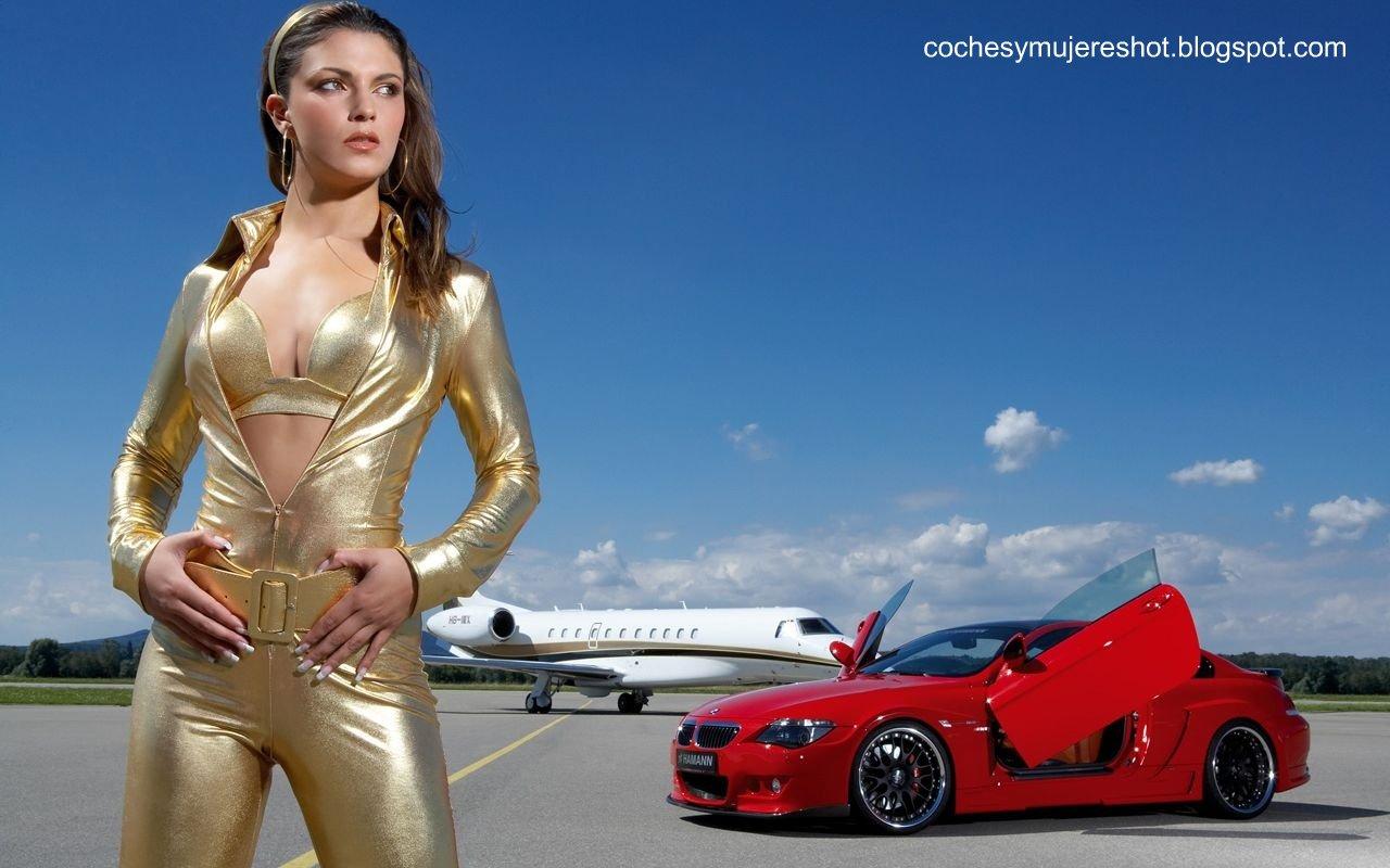 http://2.bp.blogspot.com/-RA5YQEK0hLY/TmDopPTDkMI/AAAAAAAAAN8/mHo6fpuoWhw/s1600/coches-bmw-mujeres-wallpaper%2B%255Bcochesymujereshot.blogspot.com%255D.jpg