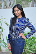 Nithya Shetty dazzling photo shoot-thumbnail-11