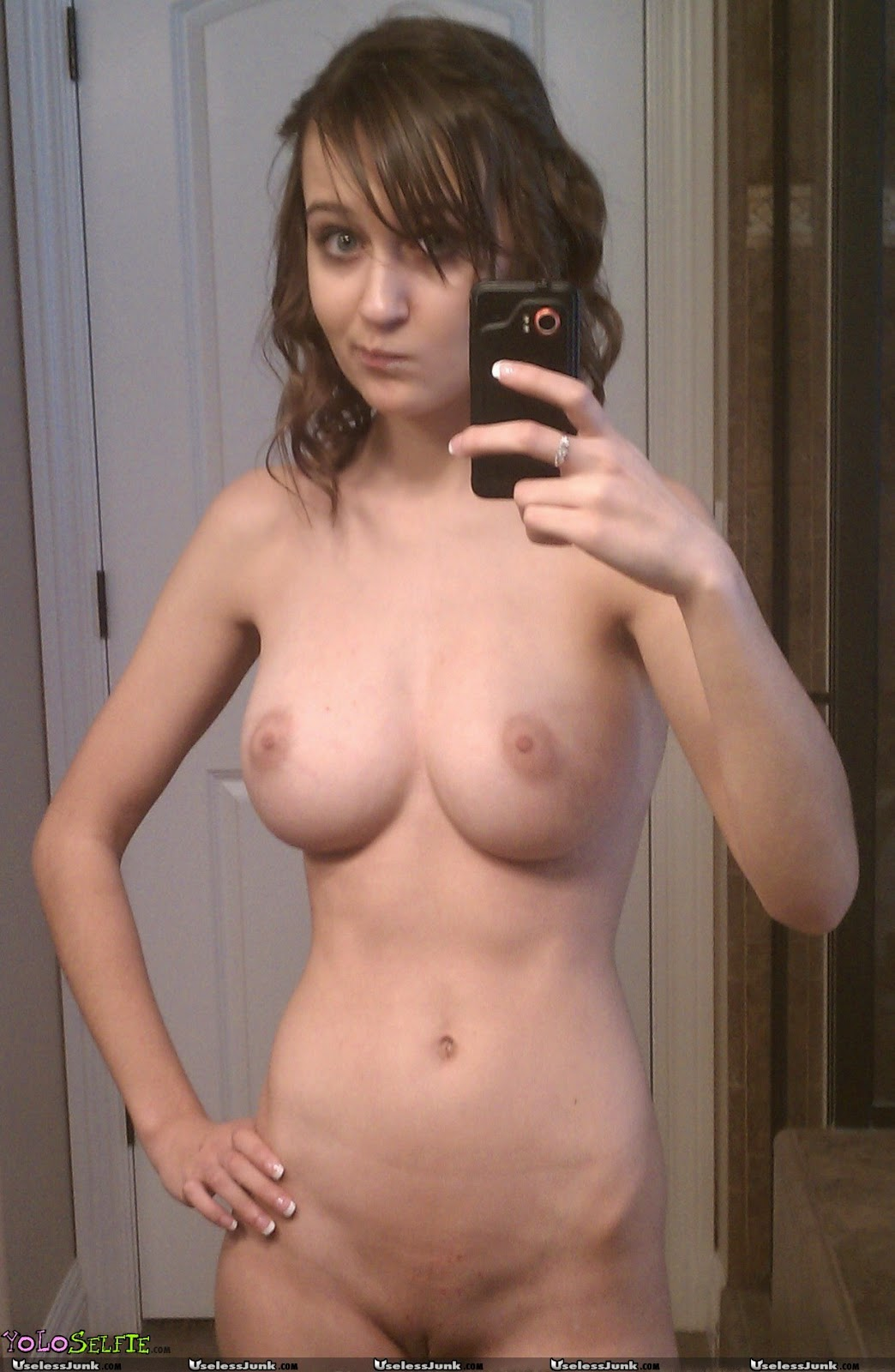 sexy naked women self photo