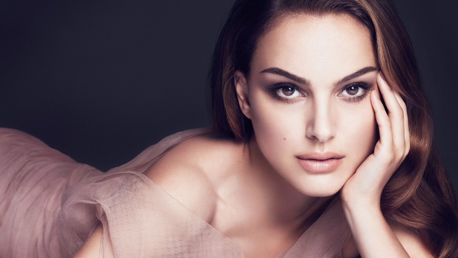 Email This BlogThis! S... Sonakshi Sinha 2013