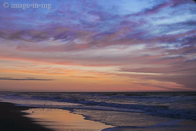 Photo Friday - Image-in-ing - A Walk on the Beach