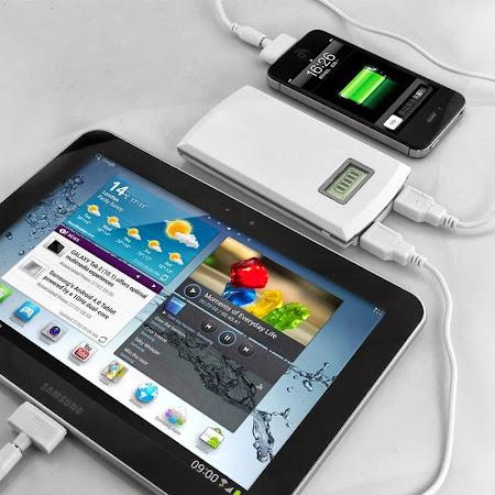 Risau Bateri Handphone Asyik Low Batt je? Ini Dia PEnyelesaiannya. Now Promosi> Power Bank.