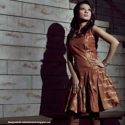 Bangladeshi ramp model actress Lux Superstar Sumaiya Azgar Raha has mysteriously died