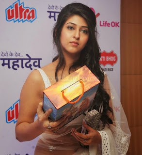 Sonarika Bhandoria   Aka Parvati from Devo Ke Dev Mahadev in Transparent White Saree Spicy Pics