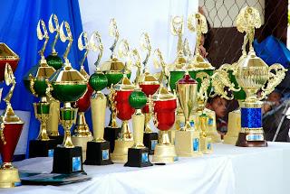 Todas as bandas recebem troféu e certificado de participação