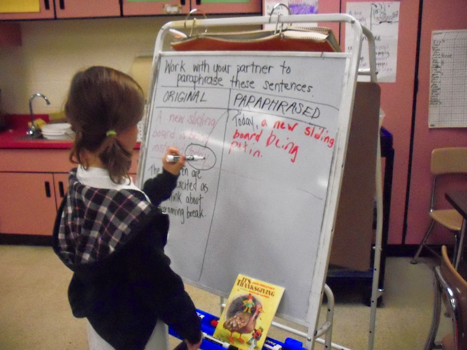 Teaching paraphrasing