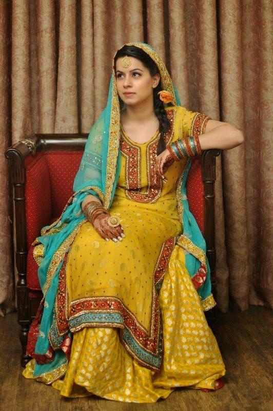 Latest Trend of Mehndi Dresses In Pakistan 2014
