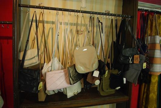 theaterm dchen vintage rags second hand shop in hamburg. Black Bedroom Furniture Sets. Home Design Ideas