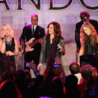 Martina McBride, Cassadee Pope, Raelynn, Women in Country Music Event