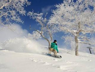 Niseko Ski Resort Hokkaido, Japan (Best Honeymoon Destinations In Asia) 1
