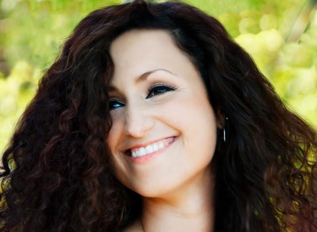 Com o segundo disco lançado, a cantora portuguesa de Jazz Maria Mendes, retorna ao Brasil para shows no Rio de Janeiro, São Paulo e Curitiba (Reprodução/internet)