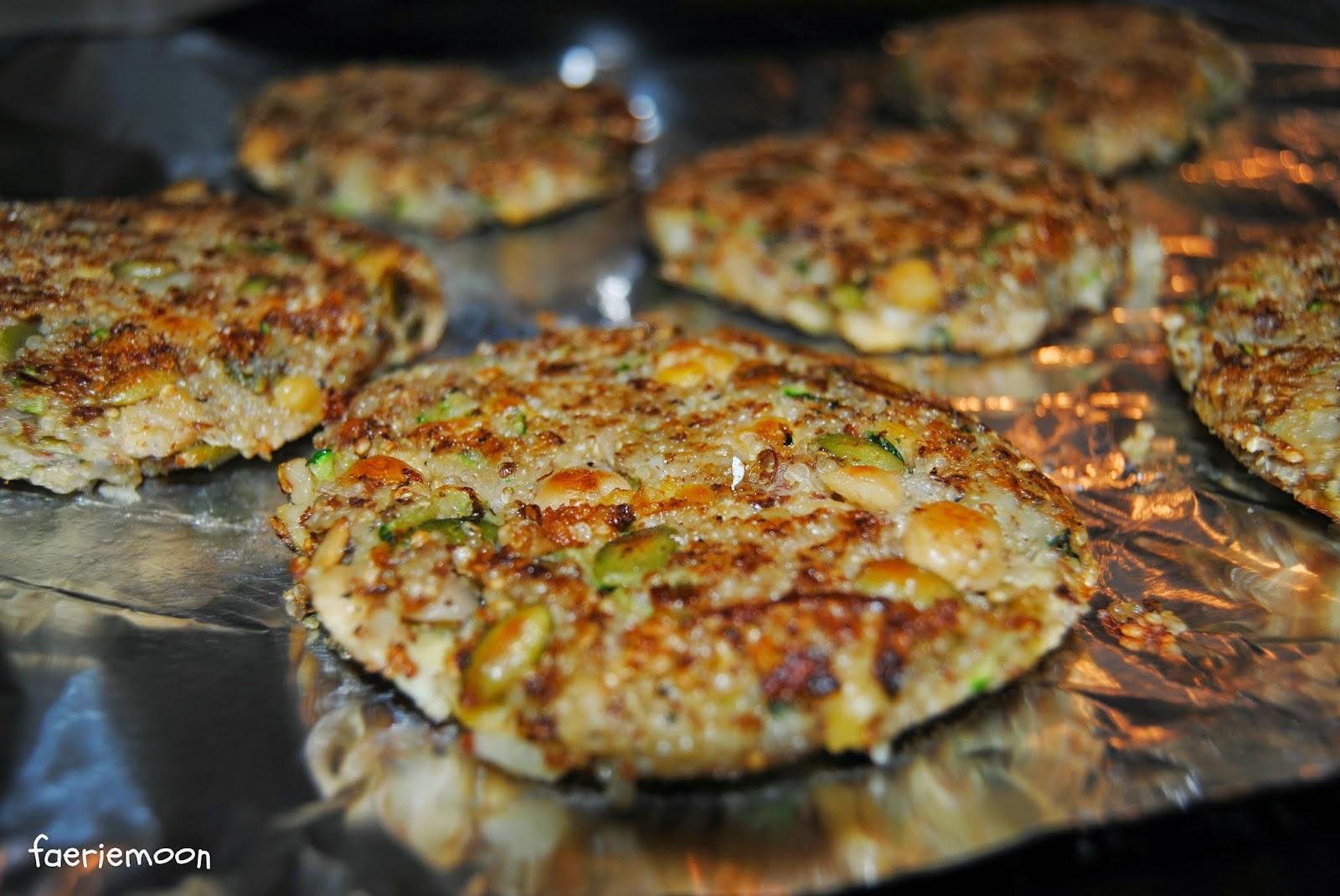 Clarissa Johal: #MeatlessMonday-Quinoa Zucchini Burgers