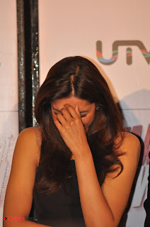 Deepika Padukone  Pictures in Black Short Dress at Yeh Jawani Hai Deewani First Look Launch 0004