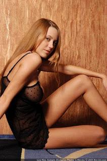 可爱的女孩 - sexygirl-karina5_7-723068.jpg