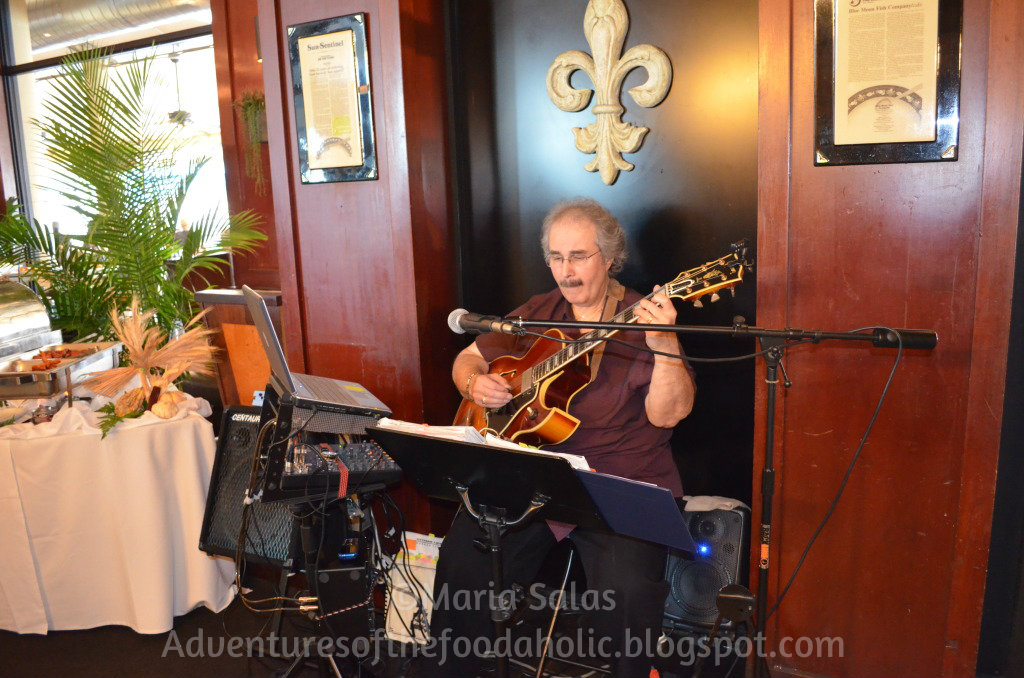 Adventures of the foodaholic blue moon fish co brunch for Blue moon fish company fort lauderdale