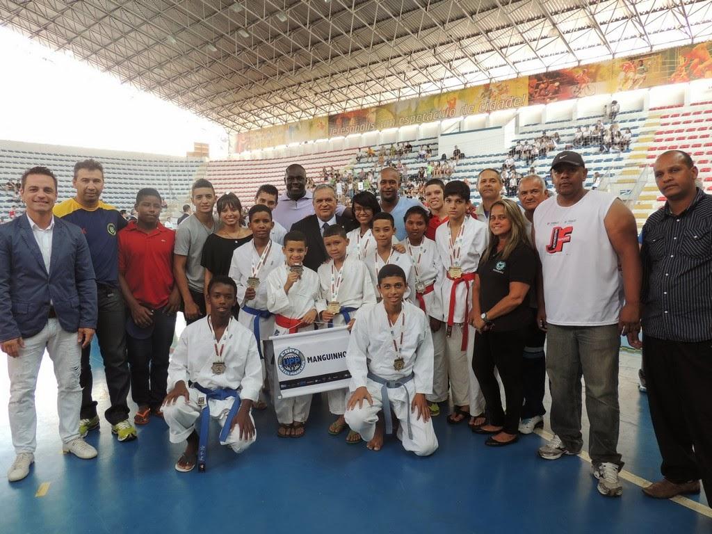 Projeto UPP (Manguinhos) com o presidente da CBK, Luiz Carlos Cardoso