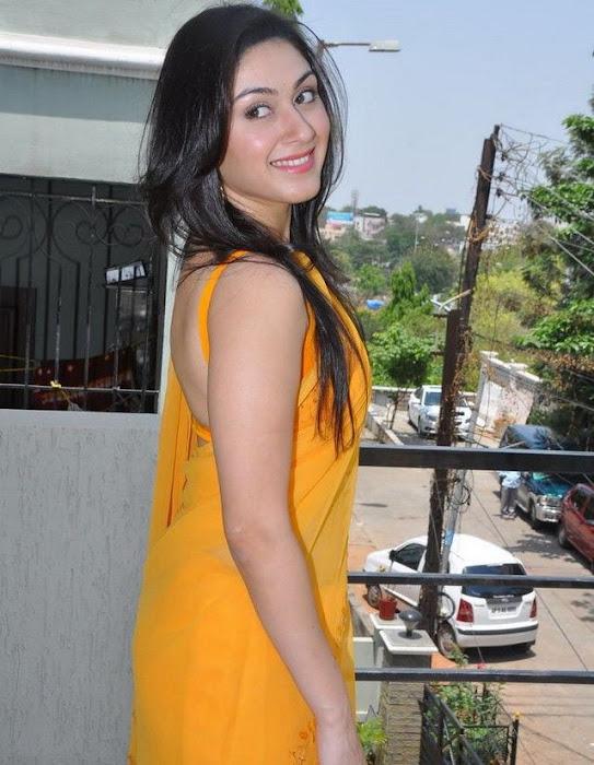 manjari phadnis in yellow saree hot images