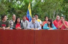 Jaua: Capriles viajará a Estados Unidos y Europa para reunirse con la ultraderecha internacional