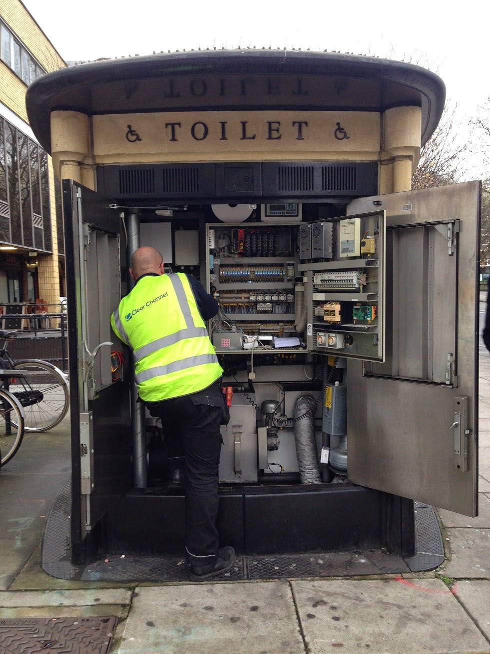 Toilet-cum-telephone exchange, Bishop's Bridge Road, London W2