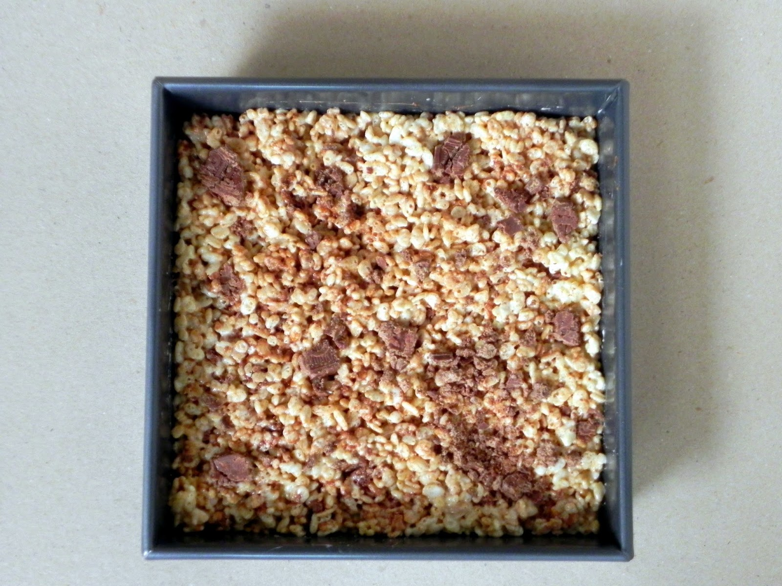 Nestle Crunch Crispy Crunchy Bars Pan