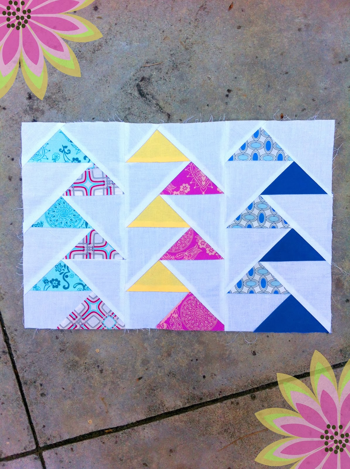 sewing belly buttons boutique: paper flying geese! Free paper piece pattern