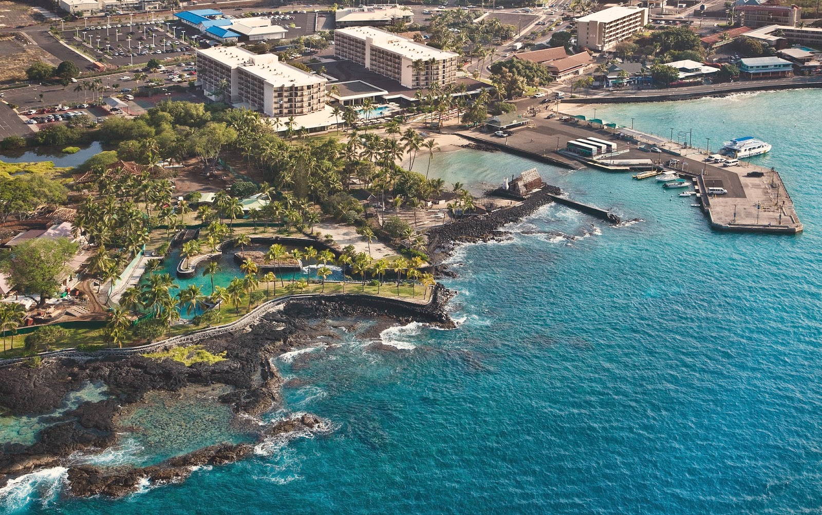 King Kamehameha Kona Beach Hotel