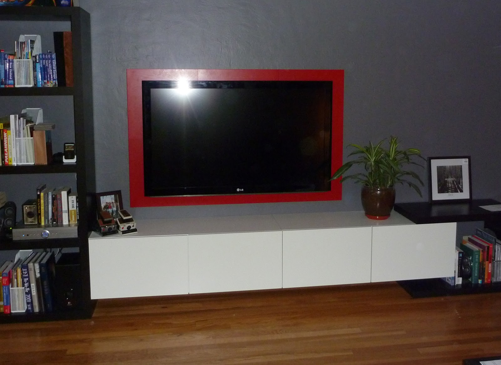 My stupid house framing your hdtv my stupid house jeuxipadfo Image collections