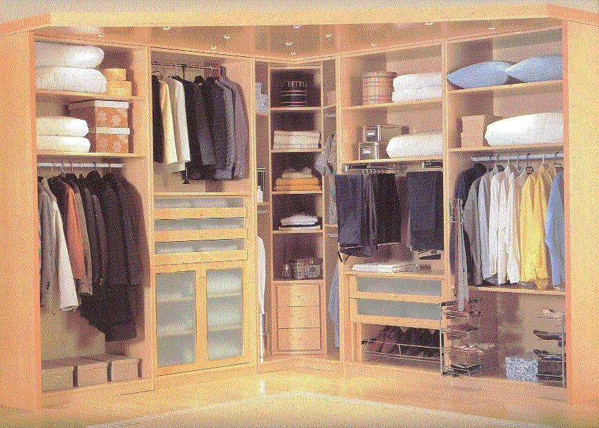 Carpintero cordoba 639 85 57 77 interiores de armarios for Revestimiento de armarios empotrados