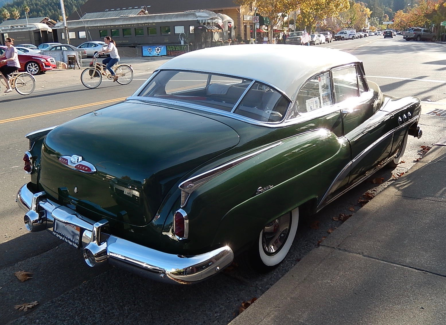 Car Style Critic  The Archetypical Buick  Model Year 1952