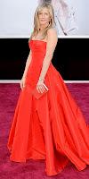 Дженифюр Анистън в червена рокля на Оскари 2013