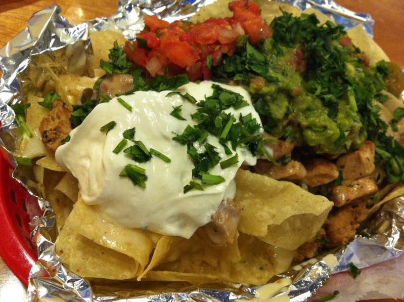 Willys Grilled Chicken Nachos Since Ive Always Been A Kind Of Gal I Had To Order Their