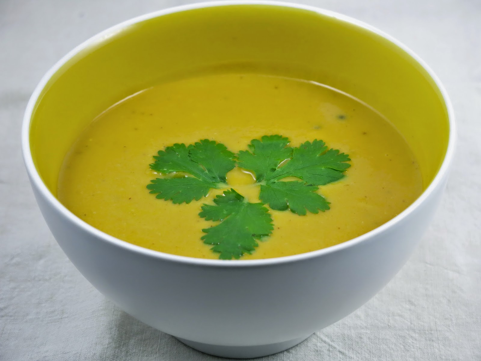 http://carrotcake.fr/fr/recipes/potage-aux-patates-douces