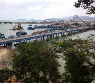 Blick von Nha Trang Pagode Ponagar