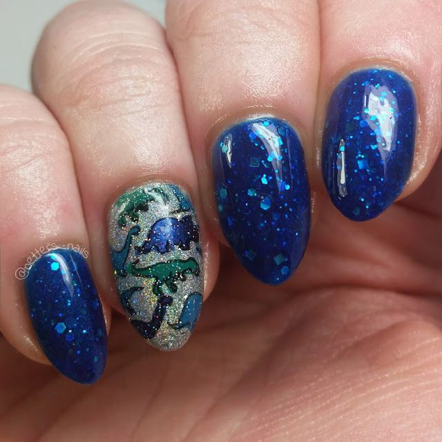 SugarTips Lacquer Fathoms Below Orly Mirrorball Dino accent nail