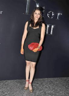 Bollywood Actress Eesha Koppikhar at Dior Anniversary Bash Blogspot Com 0001