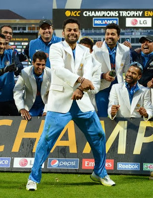 Dancing Photo of Virat Kohli