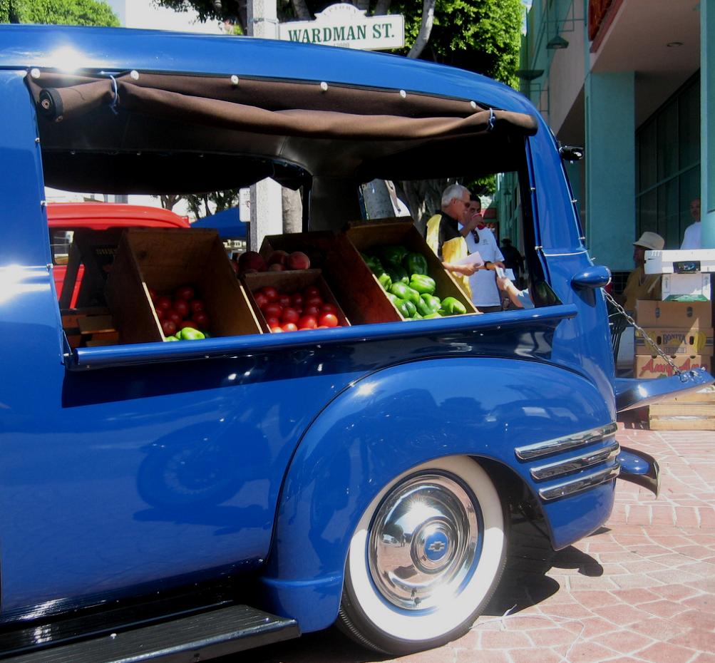 Nostalgia on wheels 1954 16 quot chevy truck accessory hub caps