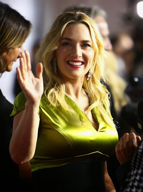 Golden is an easy color to pull on, and Kate Winslet manages to do so quite effortlessly. The 38-year-old was admissible on Saturday night, September 13, 2014 as she looked stunning on the red carpet at the Toronto International Film Festival in Canada.
