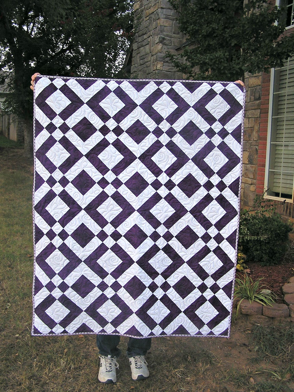 Quilt Patterns With Two Fabrics : The Fleming s Nine: Two Color Quilt - Purple