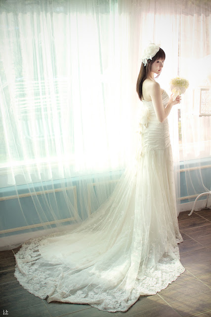 4 Yeon Da Bin in Wedding Gowns-Very cute asian girl - girlcute4u.blogspot.com