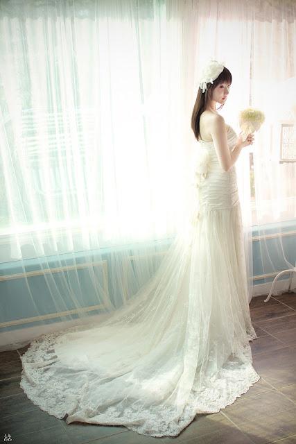 4 Yeon Da Bin in Wedding Gowns-Very cute asian girl - girlcute4u.blogspot.com