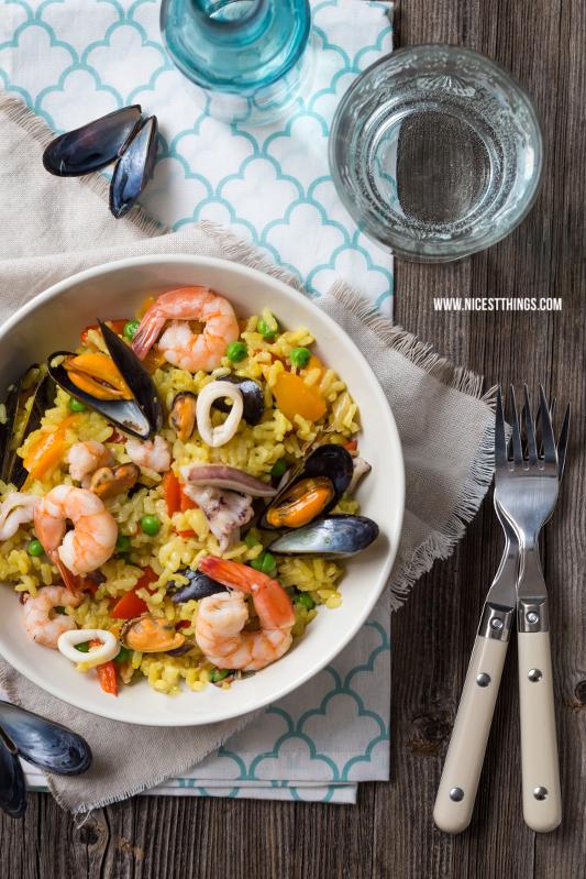 Paella Rezept mit Miesmuscheln, Garnelen und Tintenfisch #paella #seafood #rice #mussels #garnelen #tintenfisch