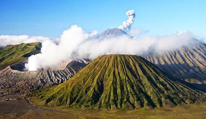 Pesona Indahnya Objek Wisata Gunung Bromo