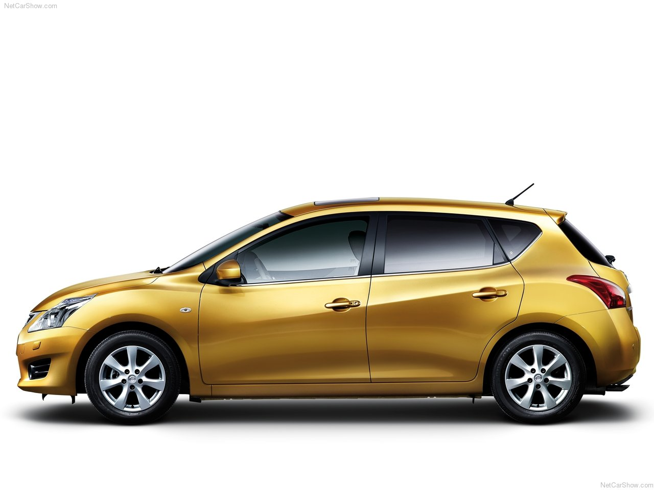 http://2.bp.blogspot.com/-REQZtzxJ5Mk/Ta1ZNmXU6GI/AAAAAAACM8o/peJeuiJ43kk/s1600/Nissan-Tiida_2012_1280x960_wallpaper_03.jpg